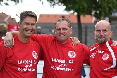 Rainer Porics (links) beim Aufstiegsspiel in die Burgenlandliga