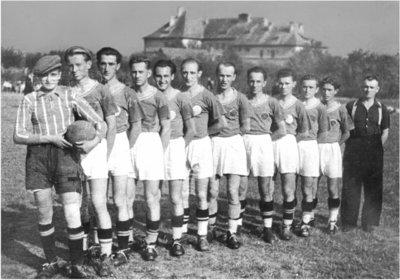 Bild 5 Mannschaftsfoto 1946