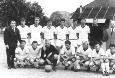 Bild 9 Mannschaftsfoto 1966